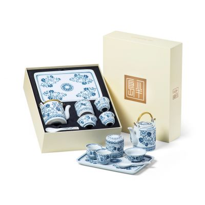Chinese Porcelain Tea Set